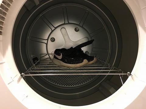 乾燥機は靴も洗える
