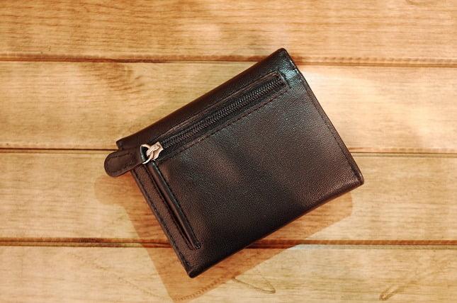 小さくて薄い財布の収納感