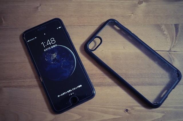 iPhone8とスマホケース