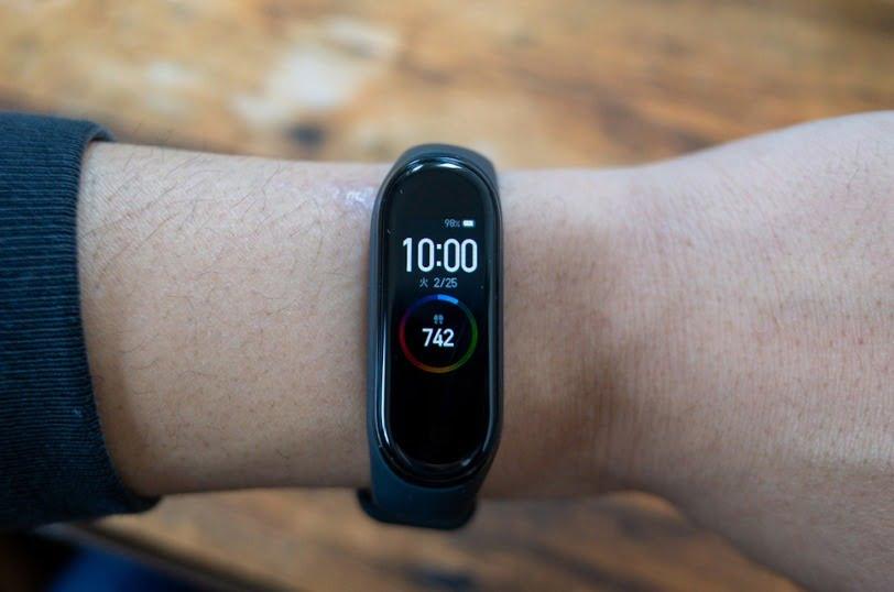 Xiomi「Mi Smart Band4」を時計として使用