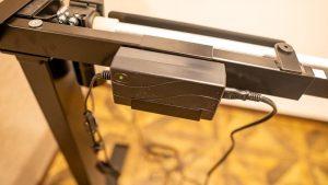 電動昇降スタンディングデスク「FlexiSpot E1E」の組み立て方法