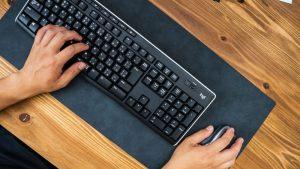 MIWAXのデスクマット(THE Desk Mat)のサイズ感