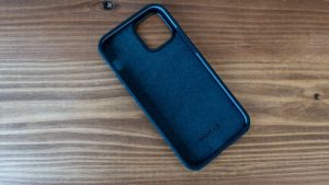 NOMAD Rugged Case  for iPhoneの内側