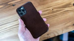 NOMAD Rugged Case for iPhoneの装着感